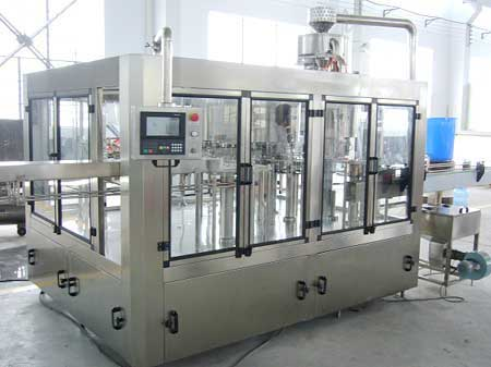 Rotary Rinsing, Filling And Capping Machine For Mineral Water Bottle 24 BPM