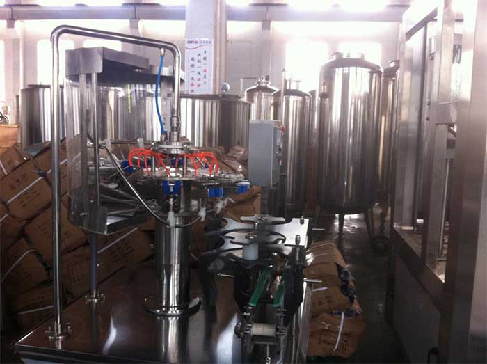 Synthetic Juice Filling And Foil Sealing Machine 30 BPM